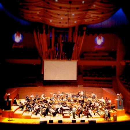 Lucas Vidal - Walt Disney Hall