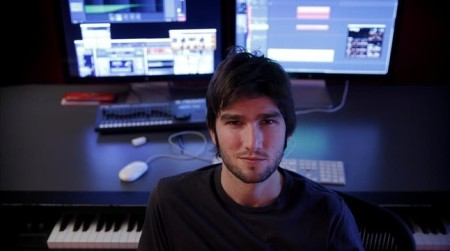 compositor-lucas-vidal-fotografiado-este-semana-estudio-madrid-1454664394302